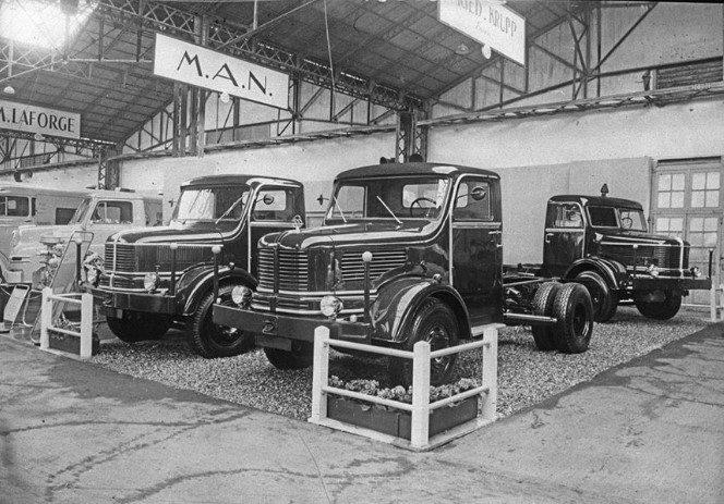 Krupp-Auto-salon-Paris-1956-archief-Paul-de-Keizer-4