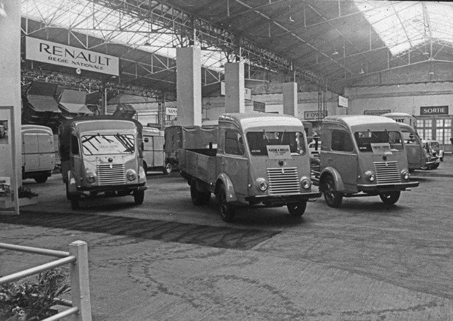 Renault-Auto-salon-Paris-1956-archief-Paul-de-Keizer-8