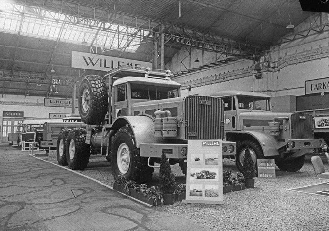Willeme-Auto-salon-Paris-1956-archief-Paul-de-Keizer-7