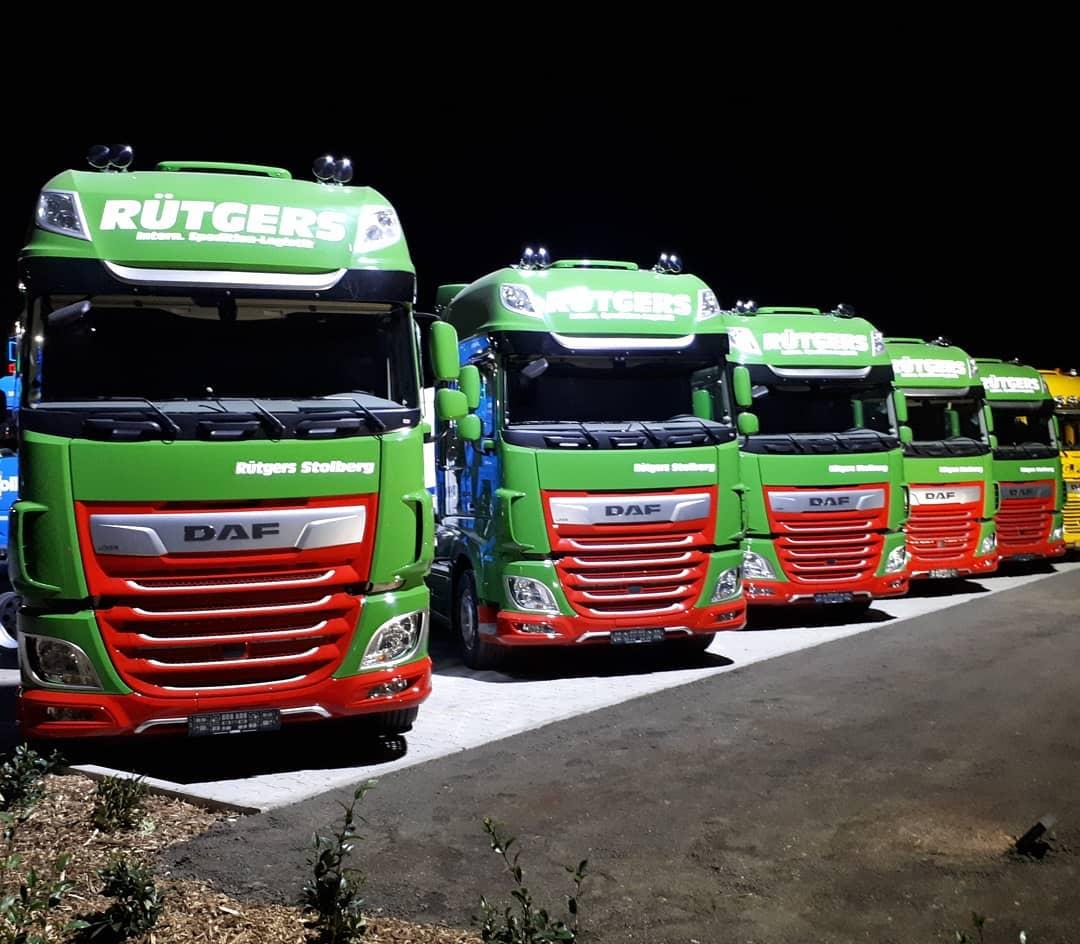 DAF-XF-530-FT-SSC-Super-Space-Cabs--zijn-voorzien-van-de-MX-13-530pk-motoren--MX-engine-brake-TruckPhone-Alcoa-velgen-en-Michelin-banden