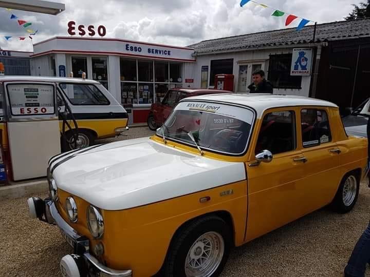 Esso-met-Renault-dealer-