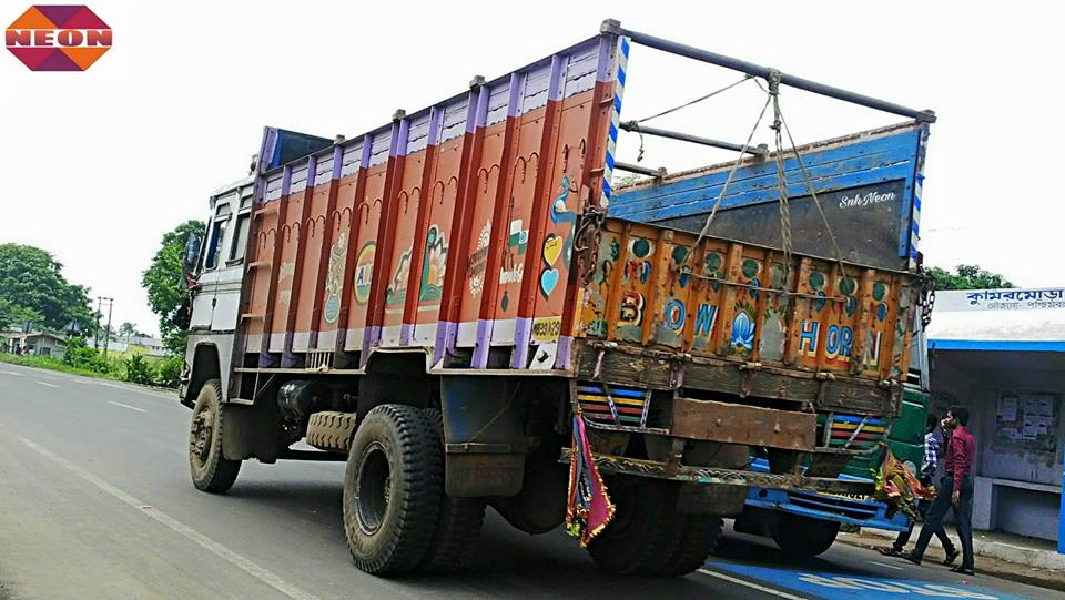 Tata-1613c-open-truck--CHAMPADANGA-DANKUNI-ROAD--HOOGHLY--WEST-BENGAL--INDIA