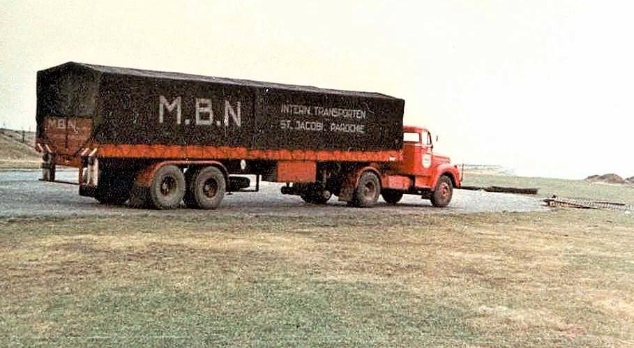 York-trailers-2