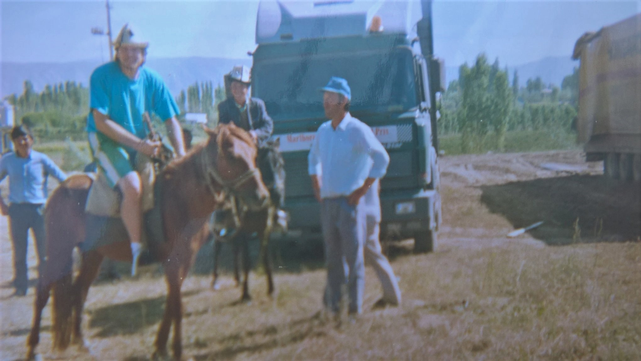 1988--Budapest--Oslo-Moskva-Alma-Ata-Biskek-Akjar-Kirgiztan-10