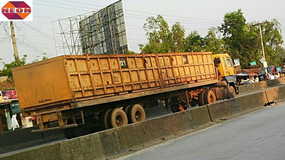 Ashok-Leyland-U-4019-prime-mover-NIZAMPUR--MIRSARAI--CHITTAGONG--BANGLADESH--