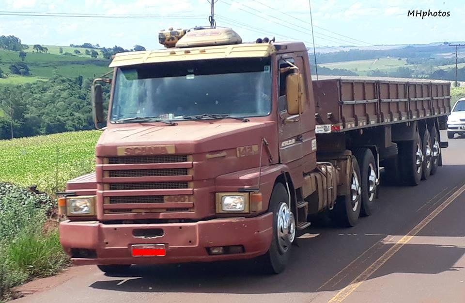 Scania-T142-HS-V8-6x2-