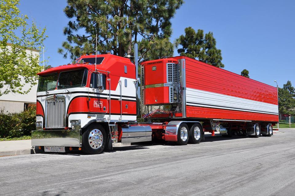 OWNBY-TRUCKING---KENWORTH-CAB-OVER-ENGINE-BIG-RIG-TRUCK--18-WHEELER-