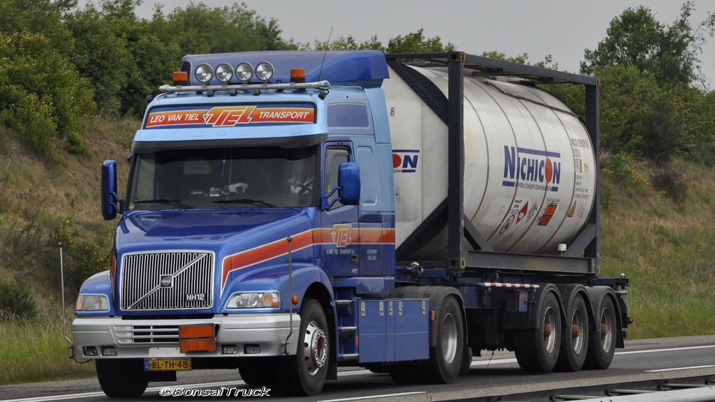 Volvo-NH-12-GL-