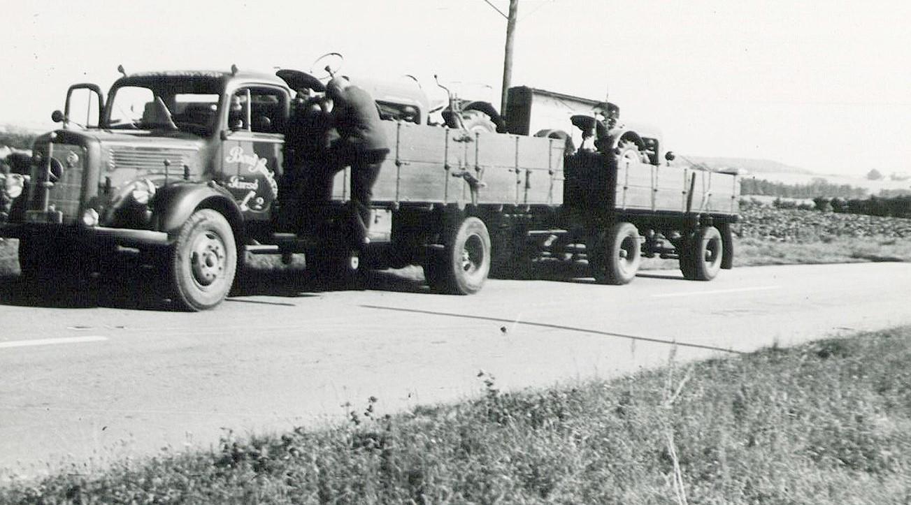 1959--Mercedes-L-325-in-Kolding-