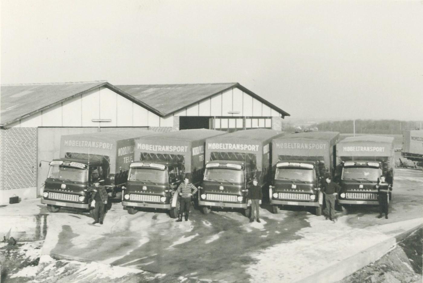 1963--Mobeltransport