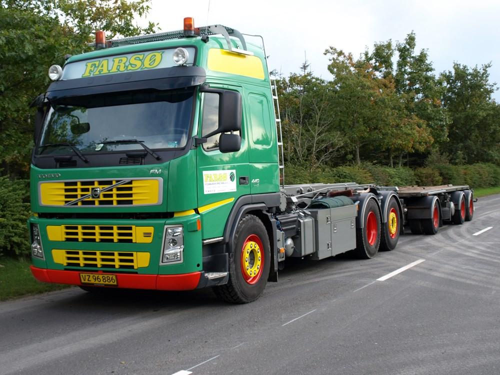 6-medbringer-trucks-lastbilplusanhaenger-jpg