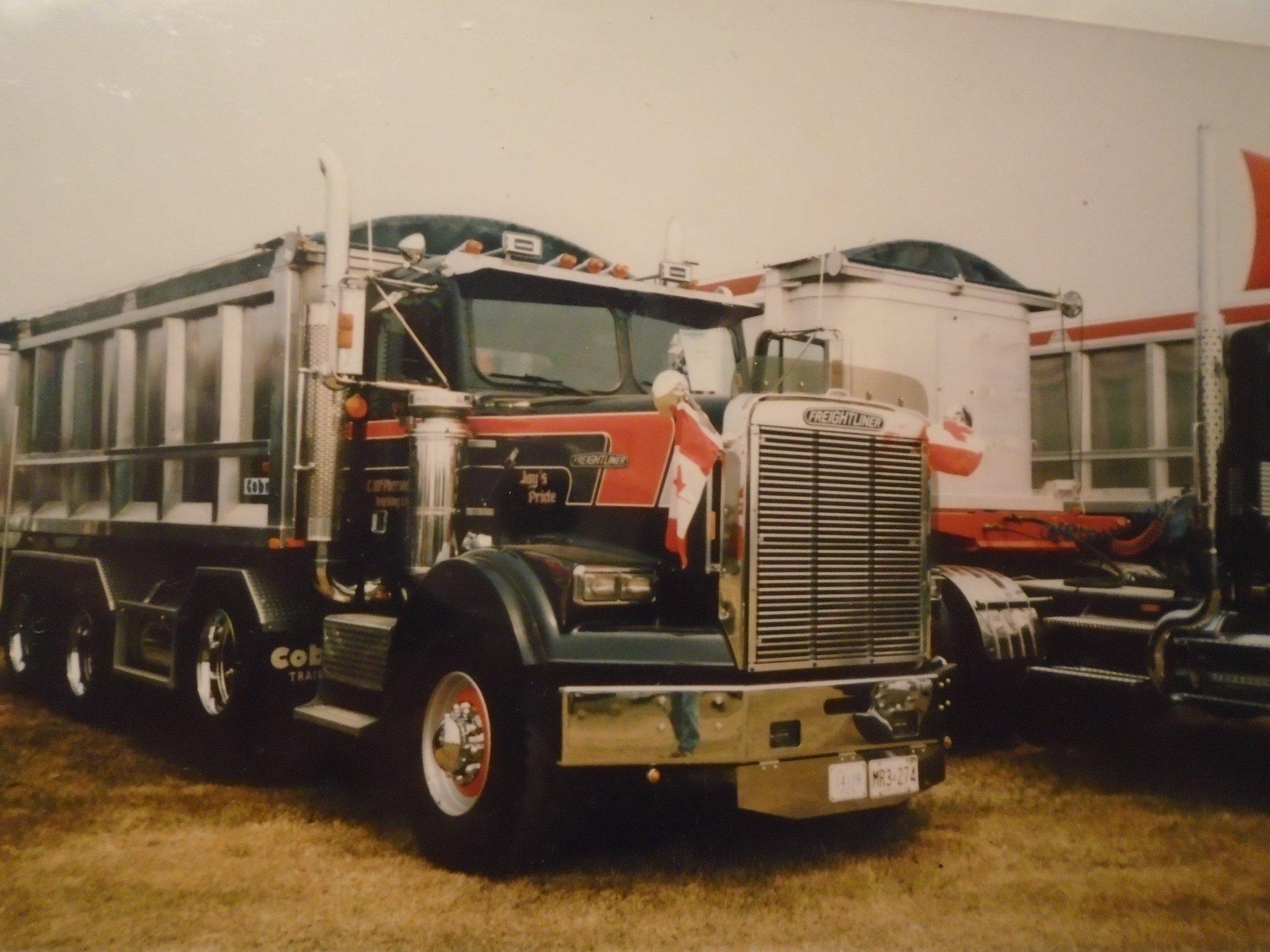 Freightliner--8X4-