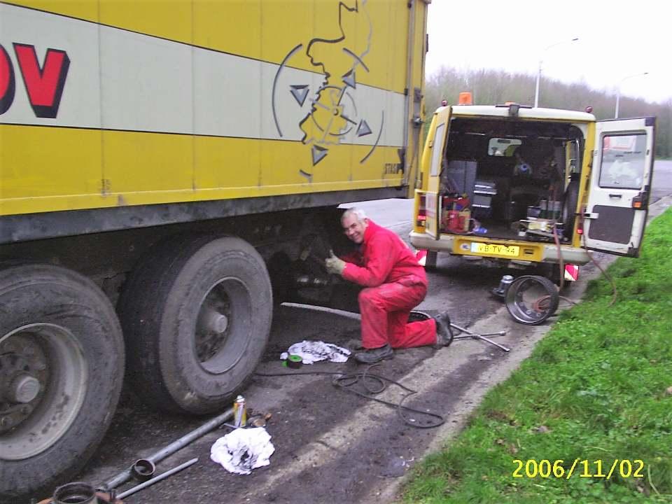 Nico-Broekema--Wiellagers-vern--op-autoweg-naar-Namur