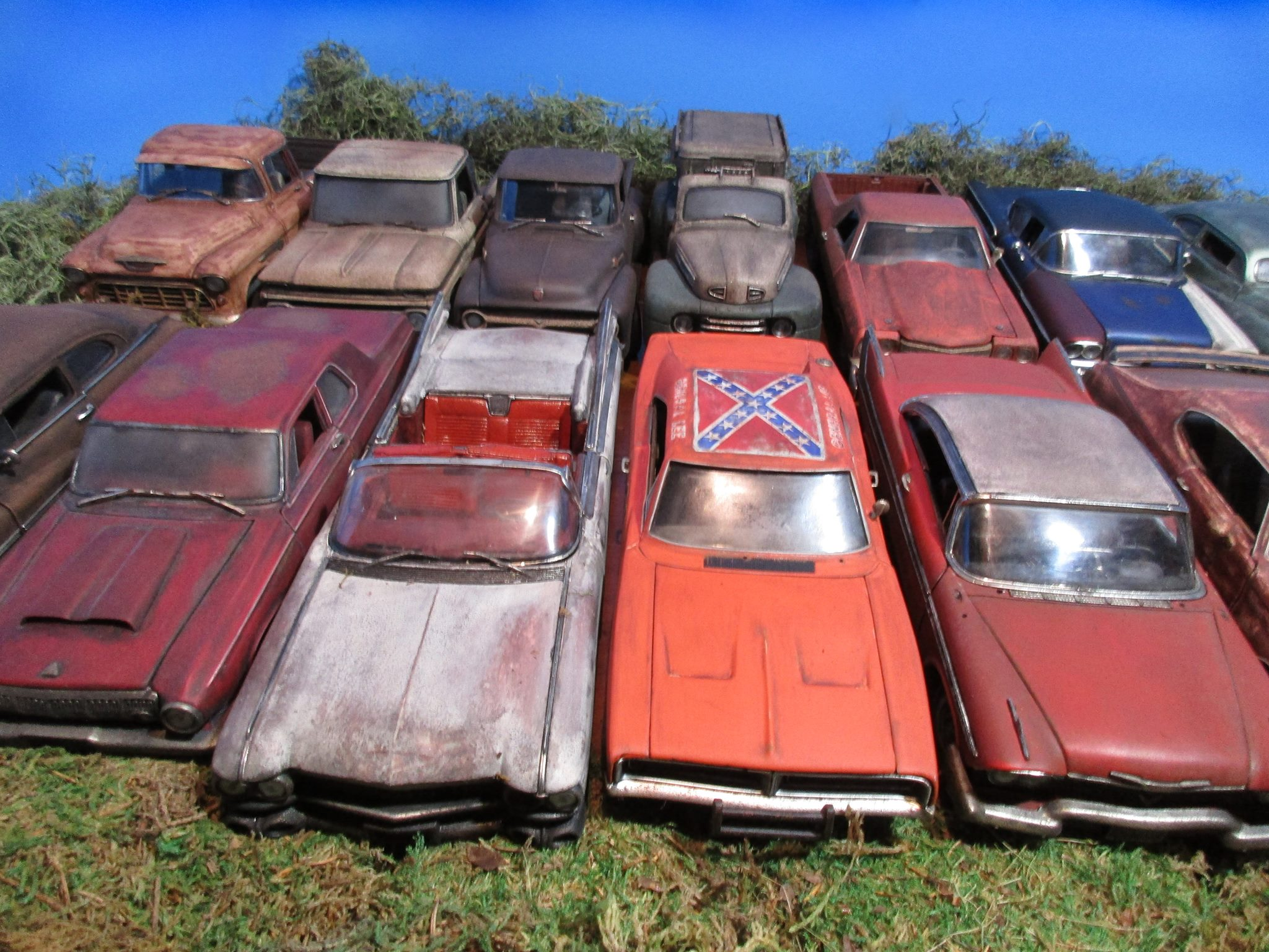 Toasted-Autos-Weathered-Die-Cast--Cars-2