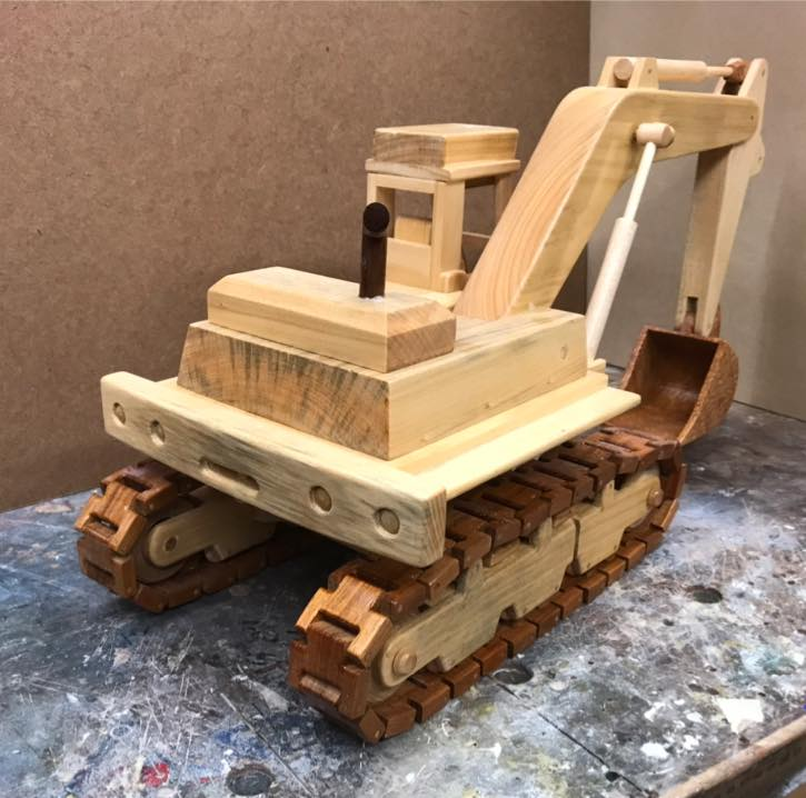 a-wooden-model-of-an-excavator-4