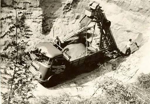 onze-eerste-DAF-na-de-GMC-s-1953
