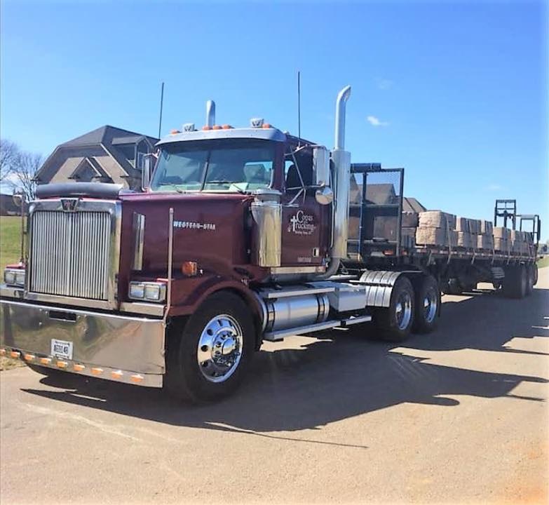 Western-Star-2019--2005-still-pulling-heavy-loads-everyday-all-day-Never-breaks-a-sweat--Great-trucks