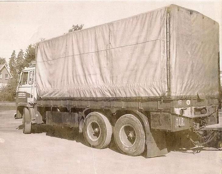 Scania--LB-6X4
