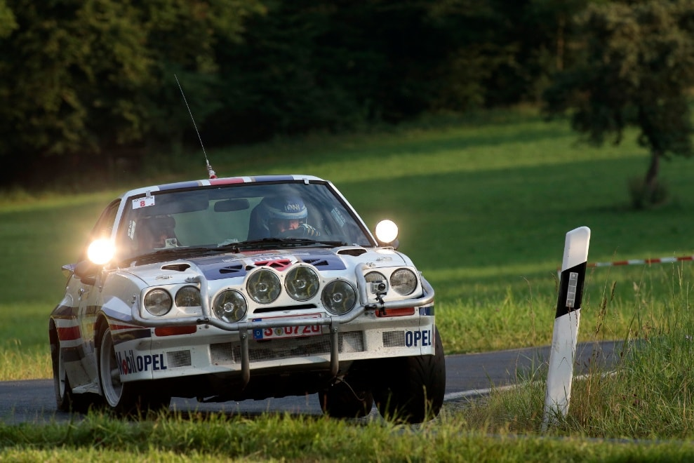 Opel-Manta-Rally--3