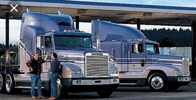 Freightliner-FLD120s--2