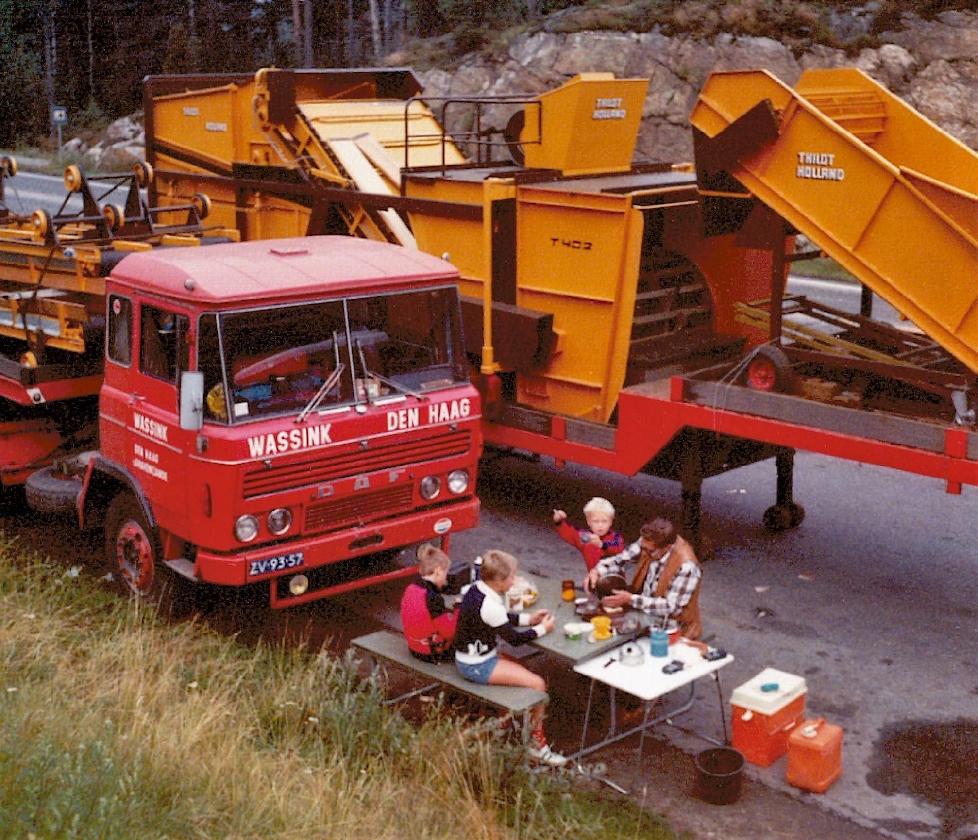 Mushroom-machine-naar-Noorwegen-in-1978--Kwamen-hier-van-de-boot-in-Zweden-en-langs-de-weg-toen-we-niet-verder-mochten-omdat-het-week-end-was-1