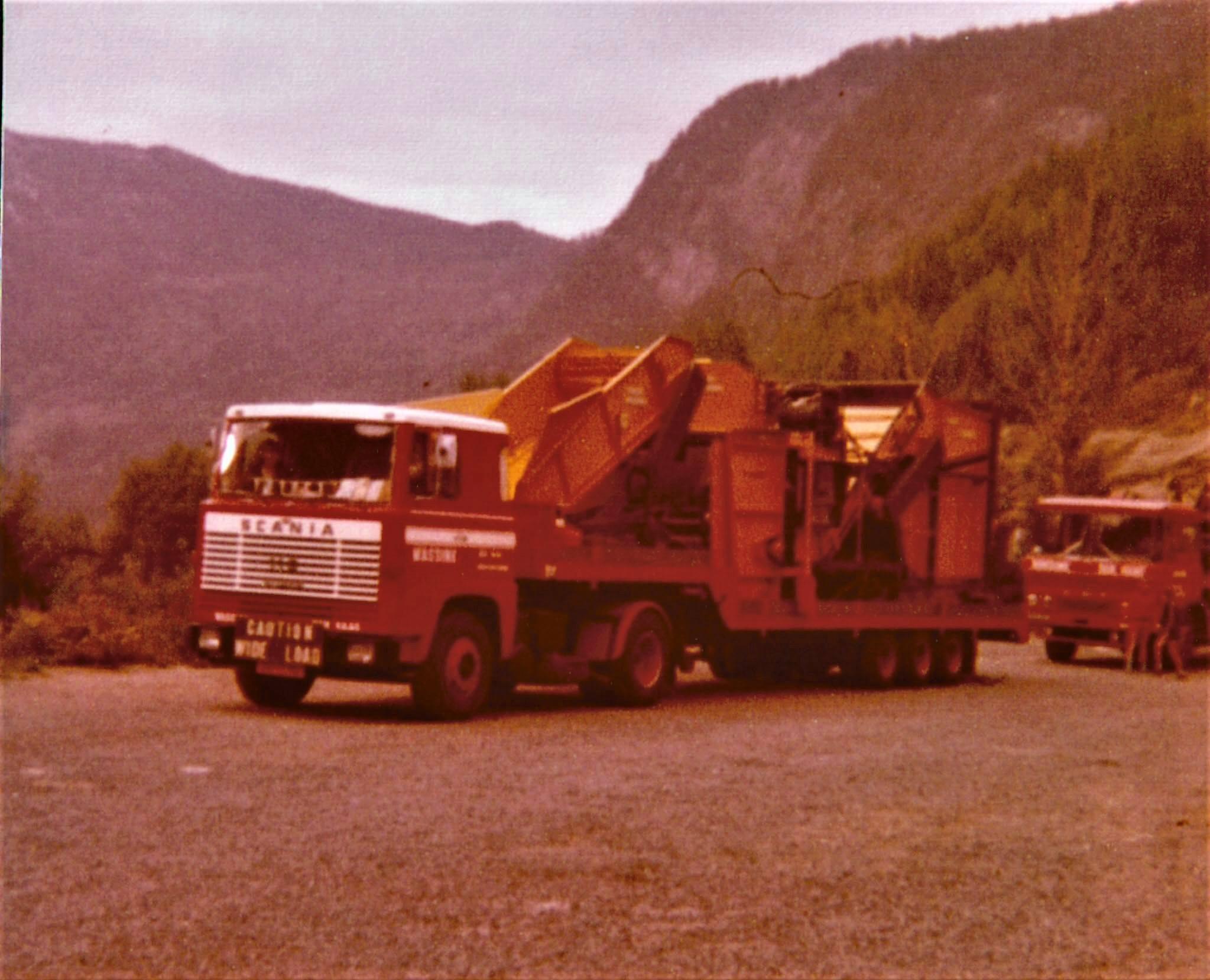 Mushroom-machine-naar-Noorwegen-in-1978--Kwamen-hier-van-de-boot-in-Zweden-en-langs-de-weg-toen-we-niet-verder-mochten-omdat-het-week-end-was-2