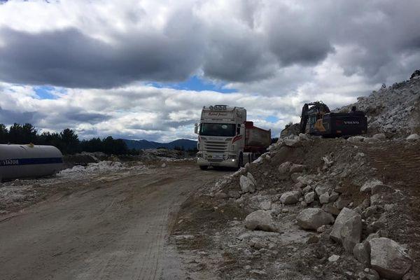 Scania-tipper-3-semi--jpg