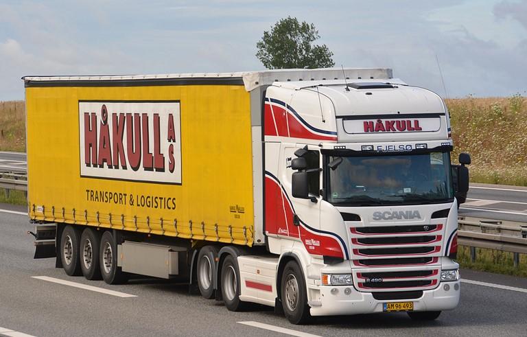 Scania--Charter-2