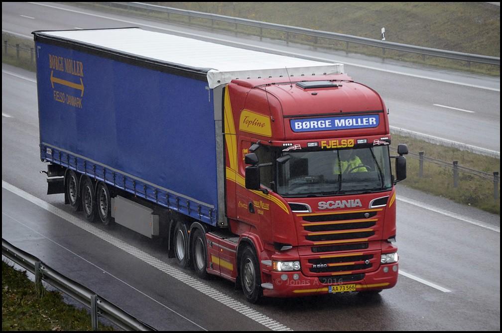 Scania--R560