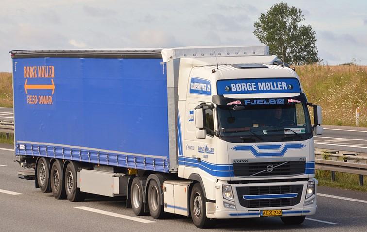 Volvo-fH--6x2-2