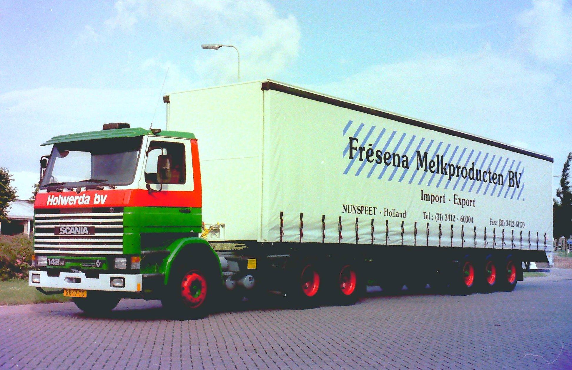 Rondaan-carr--RAF-Trailers-en-Trucks-en-RAF-aanhangwagens-die-door-Rondaan-in-Beetgum-gebouwd-zijn-ook-voor-Holwerda-in-Drachten-2