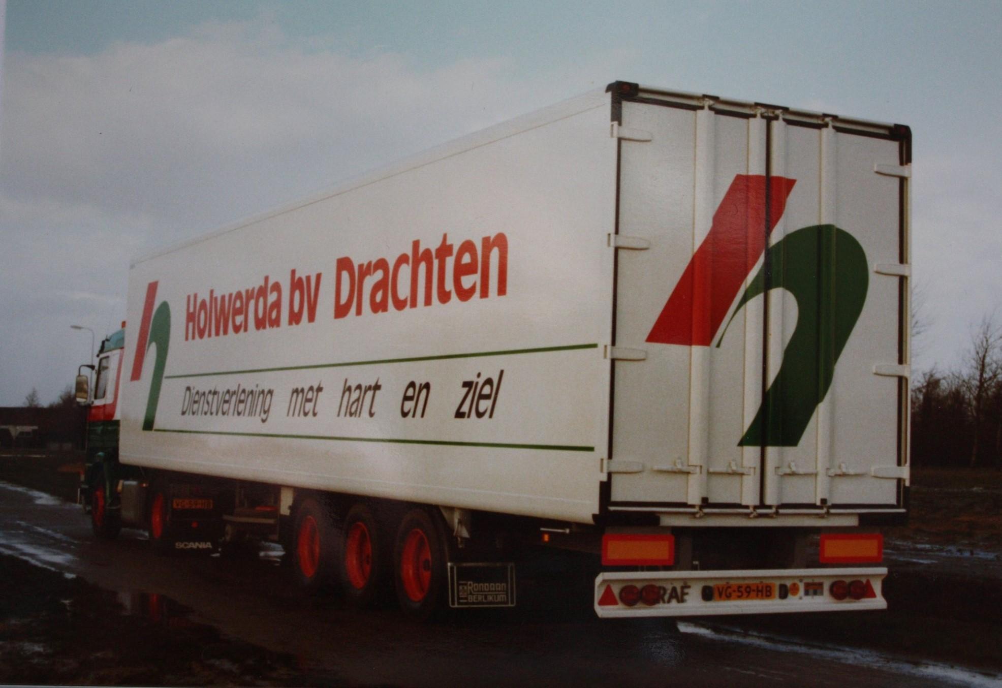 Rondaan-carr--RAF-Trailers-en-Trucks-en-RAF-aanhangwagens-die-door-Rondaan-in-Beetgum-gebouwd-zijn-ook-voor-Holwerda-in-Drachten-6