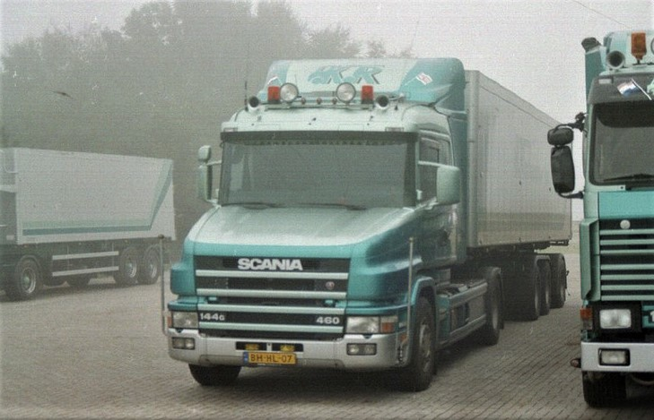 Scania-144c--460--2