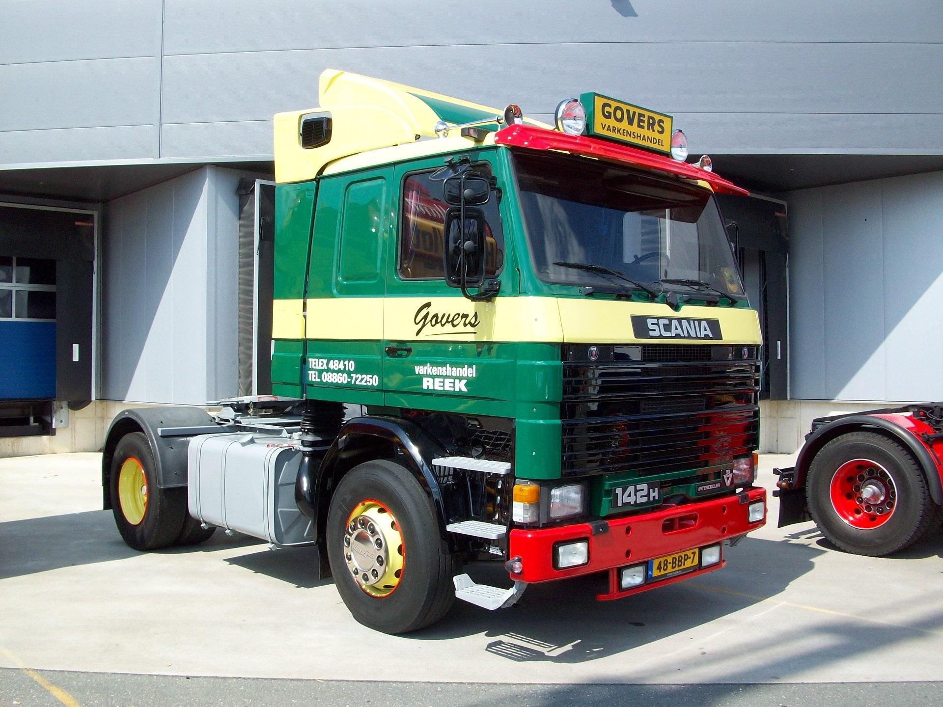 Scania-142-H-V8