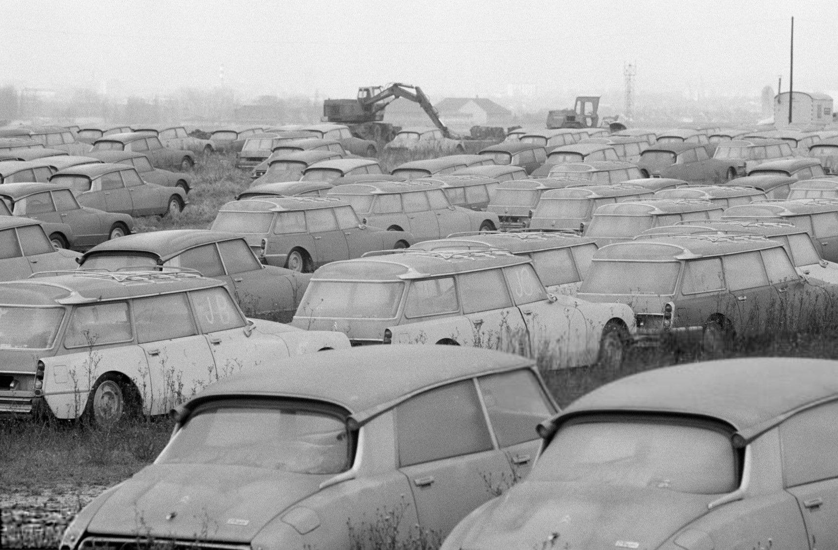 Citroen-Nieuw-onverkocht-in-de-olie-crisis-tijd--3