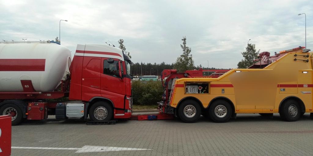 holenderska_ciezarowka_pijany_kierowca_-20-5-2019--2