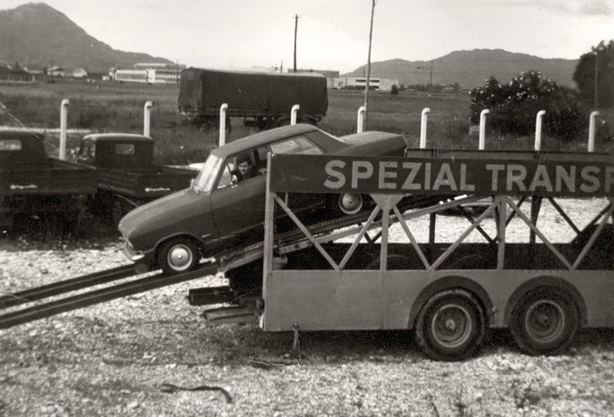 Classic-Car-Center-transport