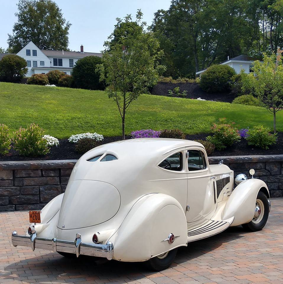 Packard-Twelve-1106-Sport-Coupe-by-LeBaron-1934-