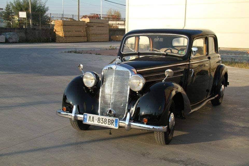Mercedes-170-S-in-Albania