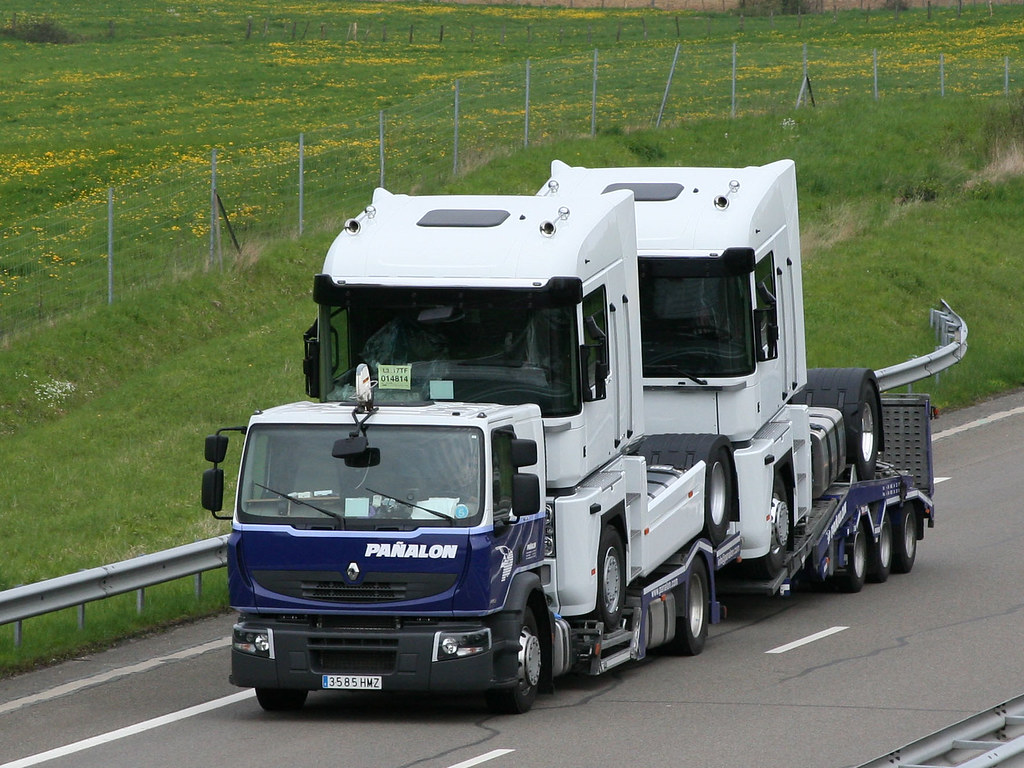 Renault-truck-Transport