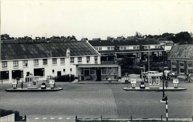 Hoorn--Benzinestation-aan-het-Keern--1962-1