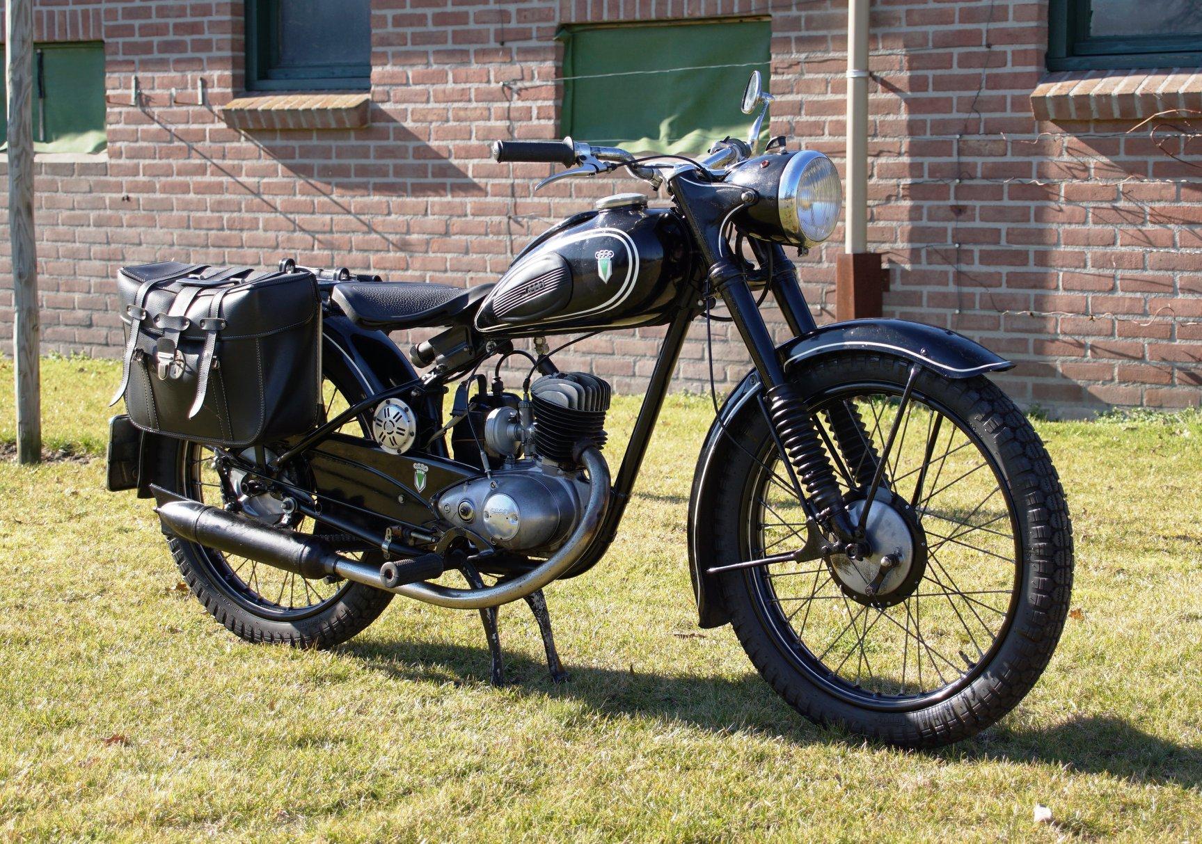 DKW-RT-125-2-1953--2