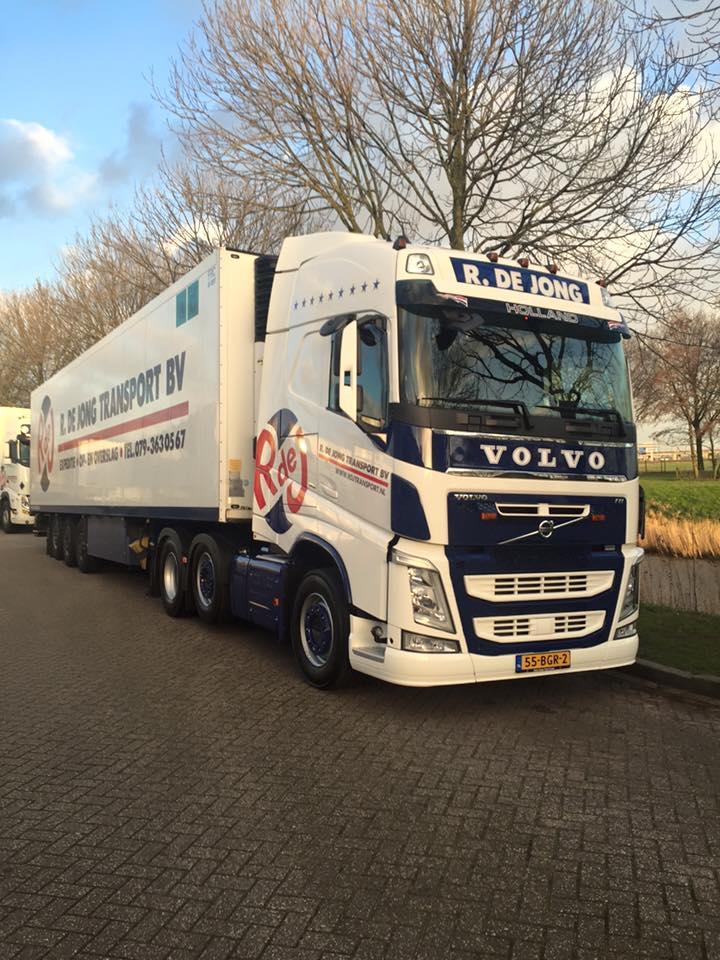 2-2-2016--Volvo-6x2-vandaag-afgeleverd