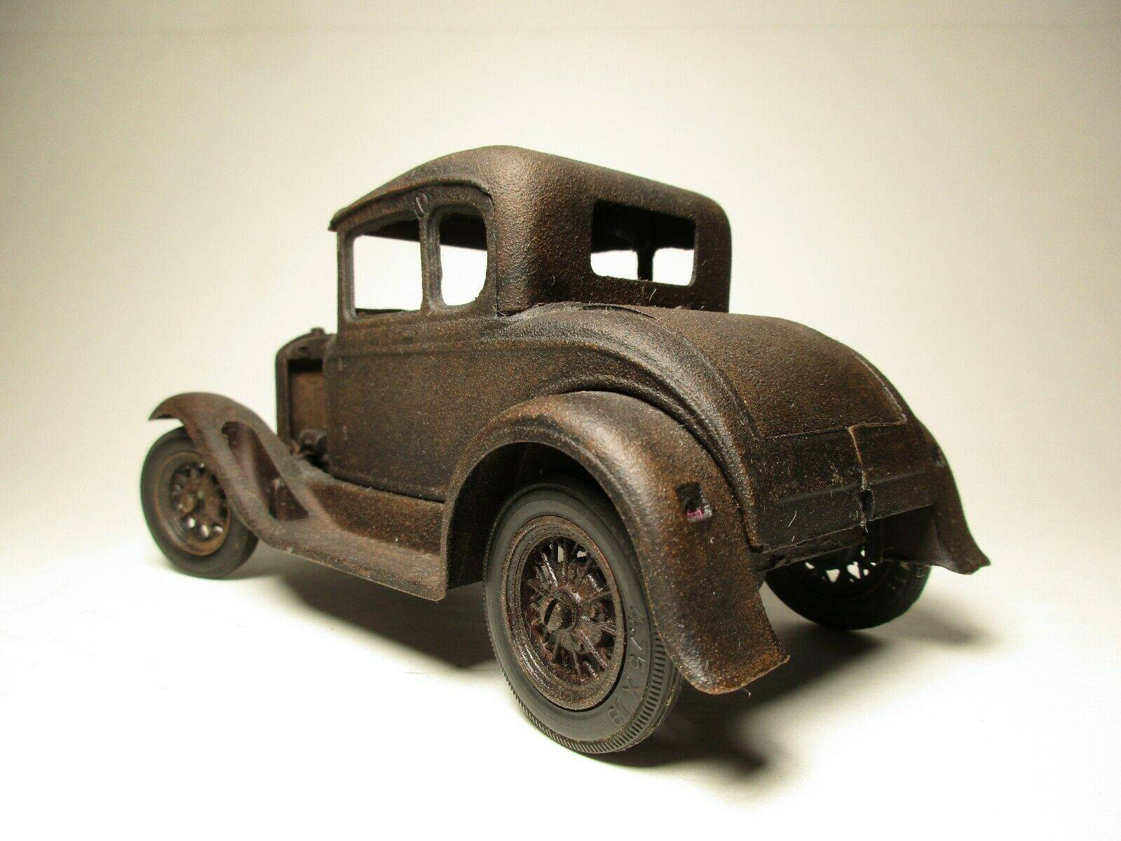 Vintage-Hubley-1932-Ford-Model-A-Coupe-and-Engine---Rusty-Weathered-Barn-Find-4