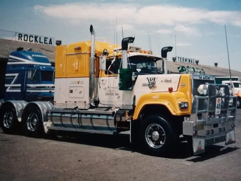 Mack-Superliner-1988-John-O-Conner--5