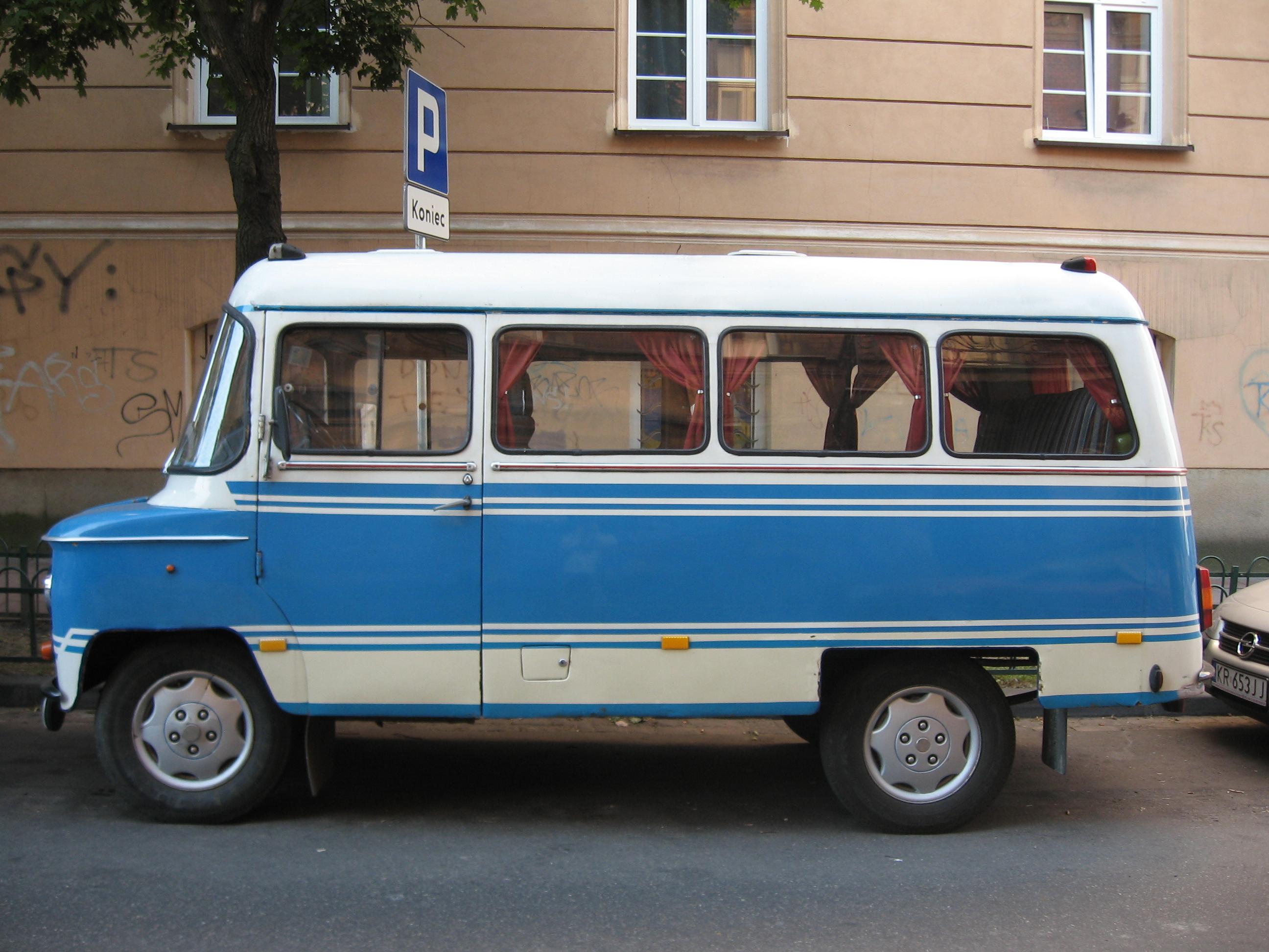Nysa_522_on_Czapskich_street_in_Krakow_1
