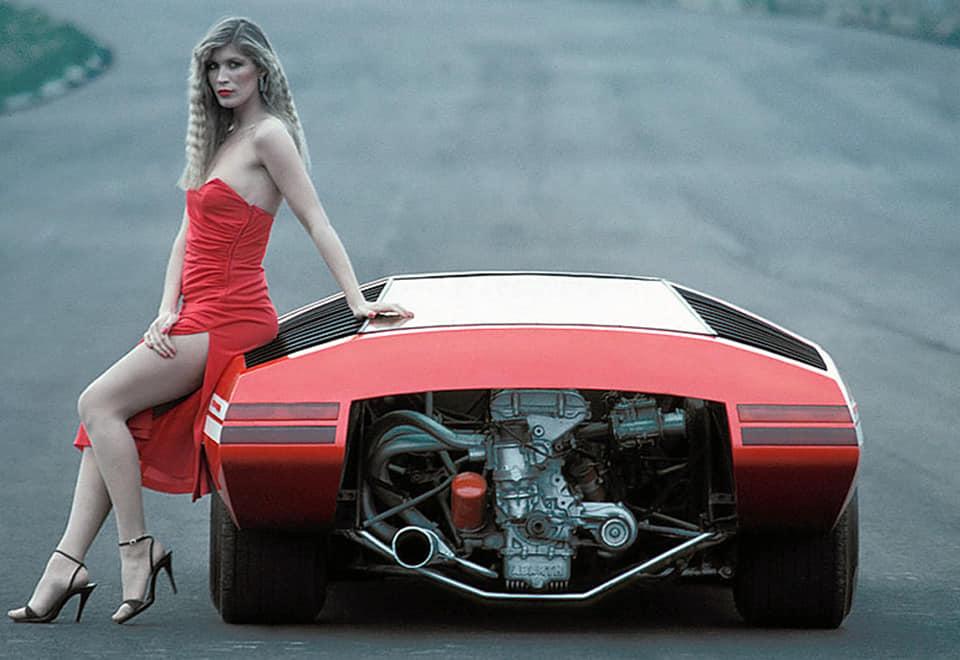 fiat--Pininfarinas-1967-Abarth-2000-Scorpione-2