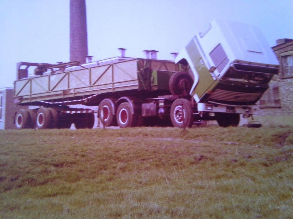 Scania-stenen-wagen-6X2