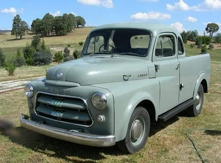 Fargo-Pickup--1957-maar-is-een-Dodge-voor-de-export-