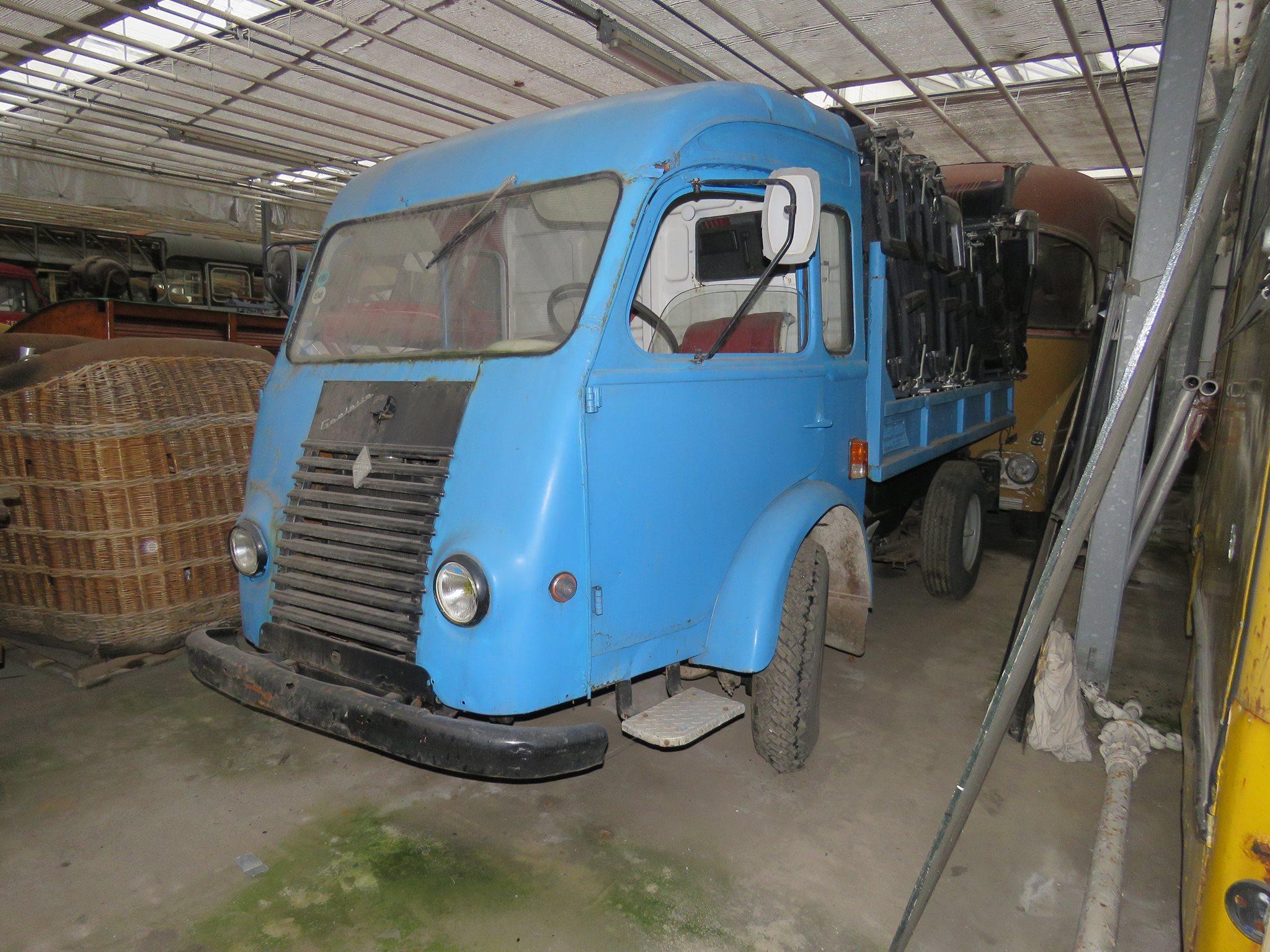 Art-in-Sedan--1